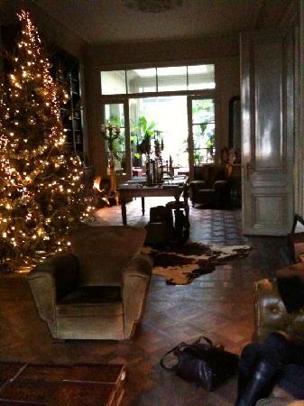 Boulevard Leopold Bed & Breakfast: Xmas in main room