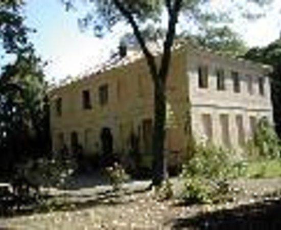 Domaine de Mailhan Chambres D'hotes Thumbnail