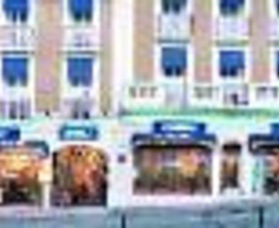 Photo of Hotel Ocean Lourdes