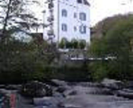 Castel Braz Thumbnail