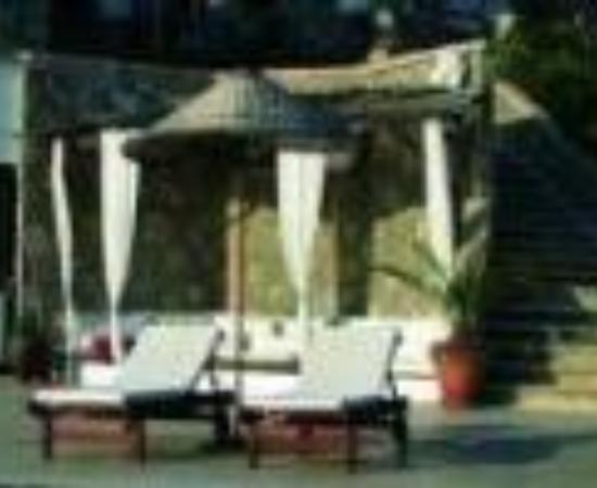 4reasons hotel+bistro Thumbnail
