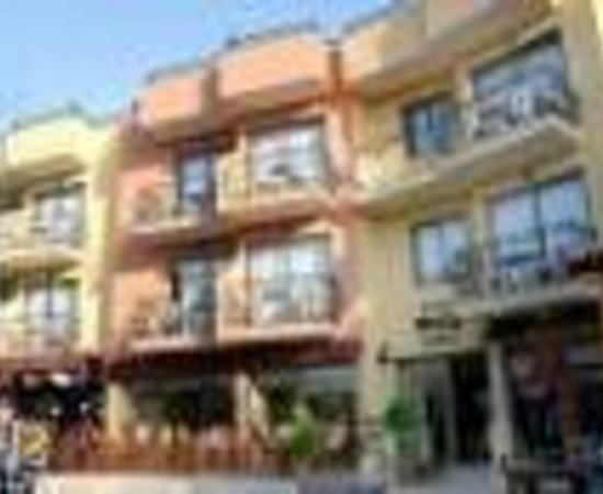 Hotel Rosy Suites: Hotel Rosy Studios Thumbnail