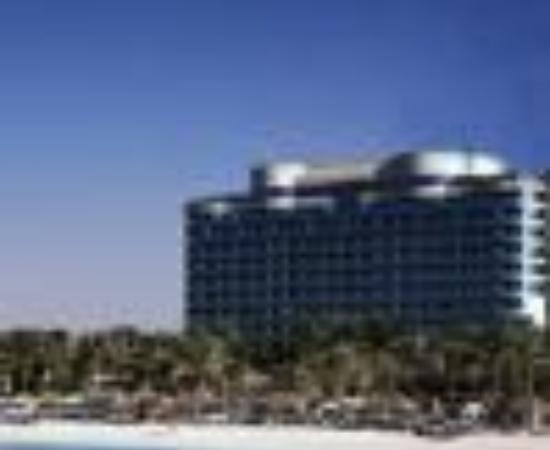 Le Meridien Mina Seyahi Beach Resort and Marina Thumbnail