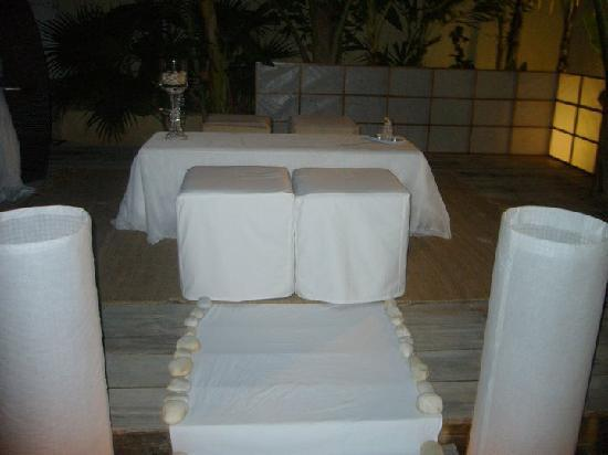 Libert Hotel & Spa: Area Lounge en la piscina de Libert Hotel donde fue mi boda civil