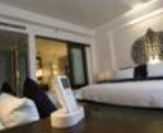 Park Hyatt Siem Reap: Hotel de la Paix Thumbnail