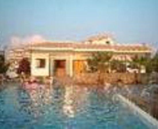Oasis Hotel Thumbnail