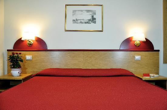 Aramis Rooms: superior room