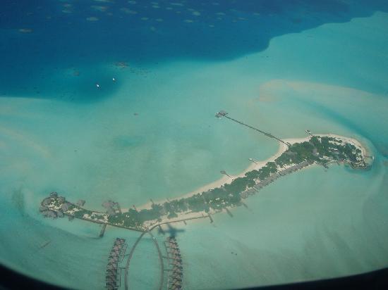 Gasfinolhu Island Resort : foto dall'aereo 1