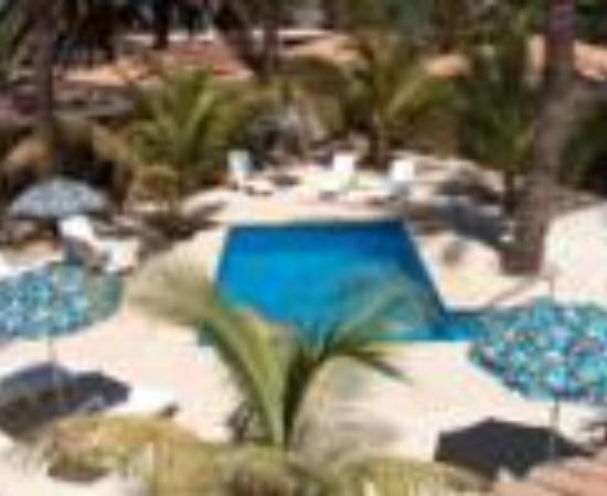 Coco Cabanas Loreto: Coco Cabanas Loreto Thumbnail