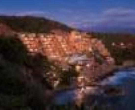 Capella Ixtapa Thumbnail