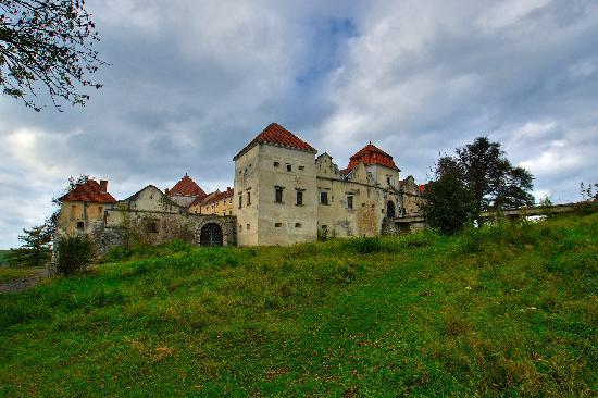 أوكرانيا: Svirzh: castle