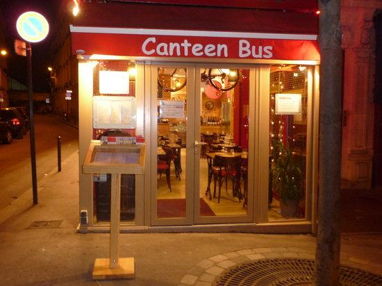 Canteen Bus Gobelins: Canteen Bus le SOIR.......