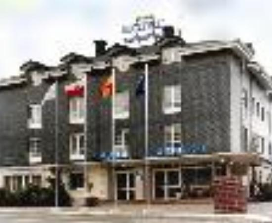 Hotel Camargo Thumbnail