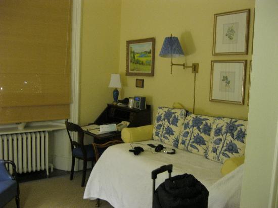 The College Club of Boston: Oberlin Room