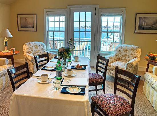 Inn at Stonington: Harbor View Room
