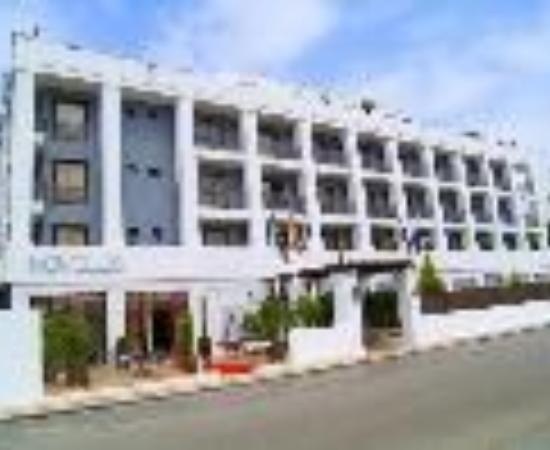 Photo of Hotel Lorcrimar Marbella