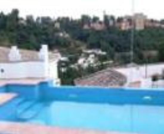 أبارتامينتوس مونتسكلاروس: Apartamentos Montesclaros Thumbnail