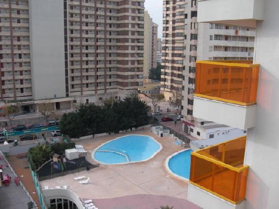 Dynastic Hotel : hotel outdoor pools