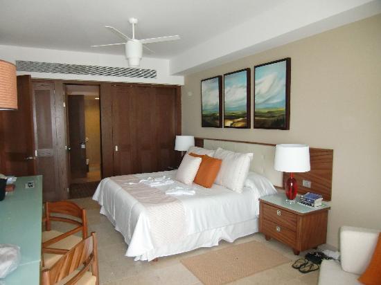 The Grand Bliss: Bliss bedroom