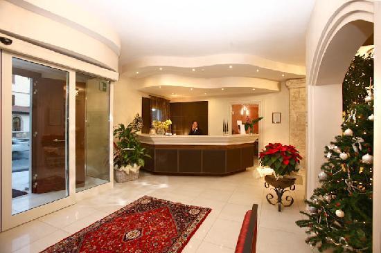 Hotel Corsignano - Pienza: reception
