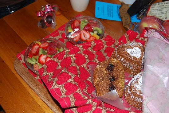 Sauna House B&B: Yum muffins