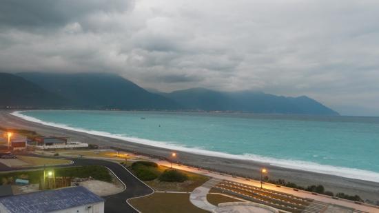 โรงแรม เบย์วิว: view from hotel bayview honeymoon suite room 508