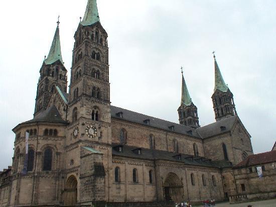 Bamberg, Alemania: 大聖堂は街のシンボル