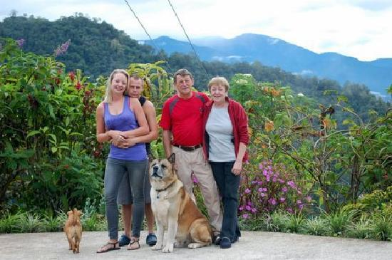 Bosque del Tolomuco: Lise, Rolf, Tara, Myself and the dogs