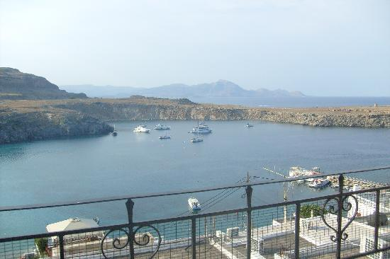 Maris Studios Lindos: view down over Pallas beach