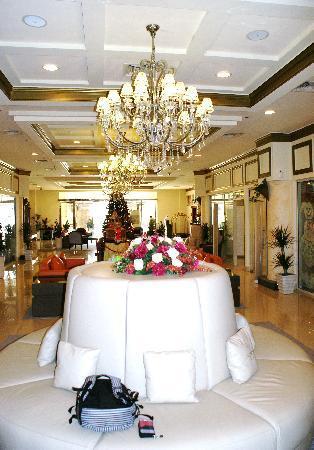 Acacia by Bin Majid Hotels & Resort: Speisesaal