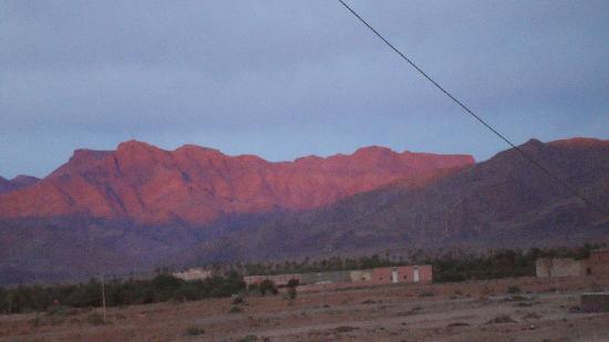 Tata, Maroko: lever du soleil de l'hotel