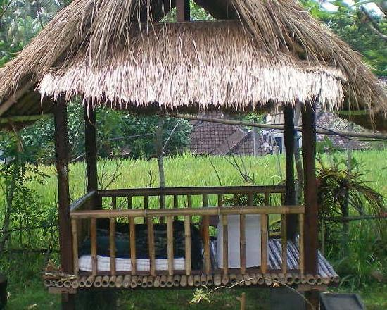 Bali Batin Bungalow: a nice place in the garden