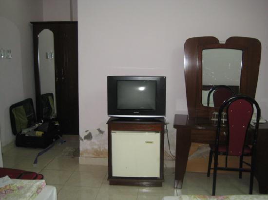 Ngan Ha Hotel: room