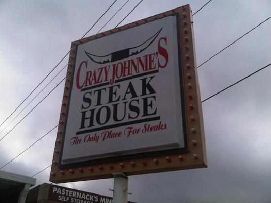 Crazy Johnnie's Steak House: Great Place!