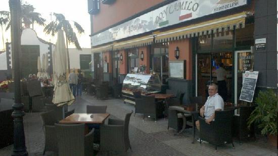 Restaurante-Pizzeria Don Camilo : es war noch ziemlich früh 12 uhr