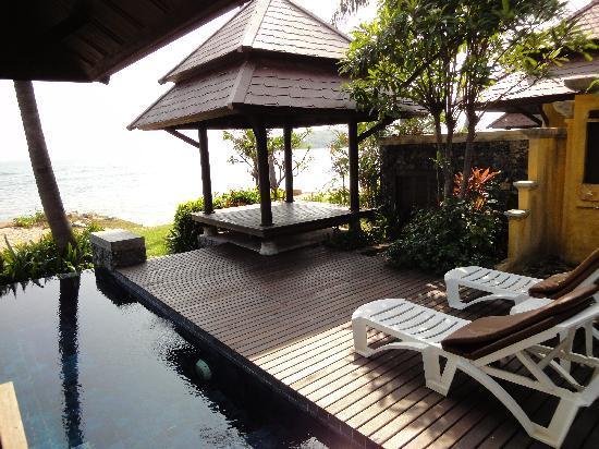 Nora Beach Resort and Spa: Sala, super toll um im Schatten auszuruhen und aufs Meer zu schauen