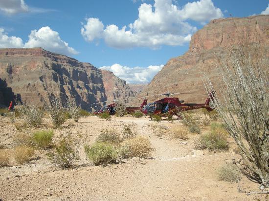Parque Nacional del Gran Cañón, AZ: Helicopter at Grand Canyon
