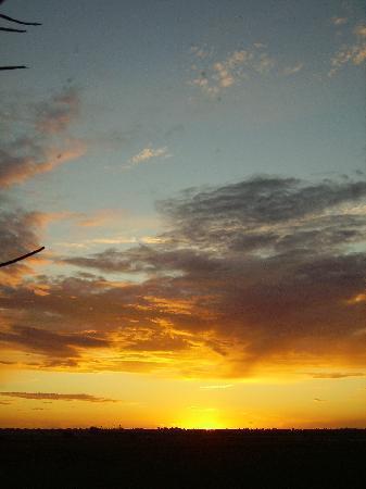 Graignes, Франция: Typical sunset