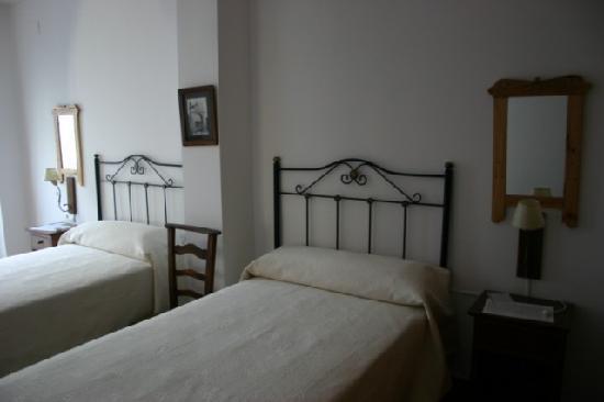 La Casa con Libros: Dormitorio
