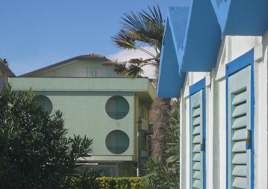 Hotel Sorriso: dalla spiaggia