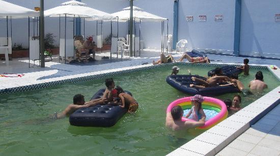 Pacasmayo, Peru: disfrutando la piscina