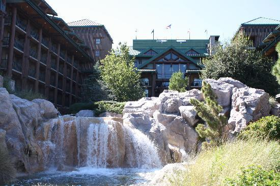 ‪‪Disney's Wilderness Lodge‬: Back of Lodge‬