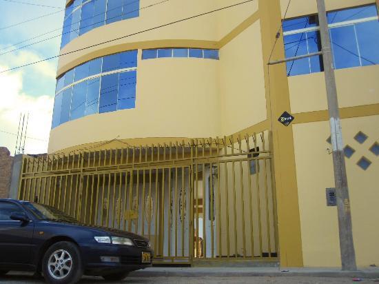 El Sol de Pacasmayo Hotel: Exelente ubicacion