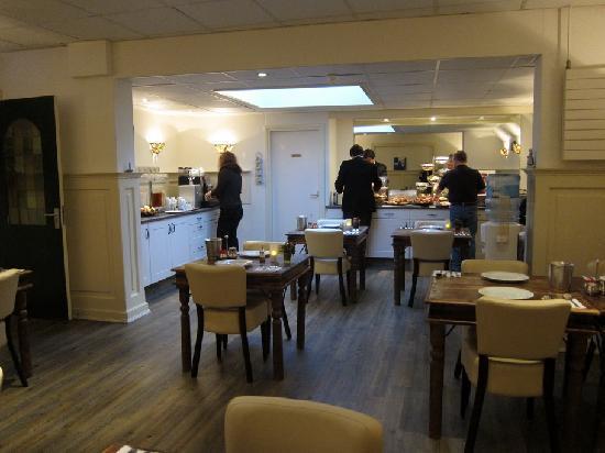 Hotel Johannes Vermeer: Sala desayuno