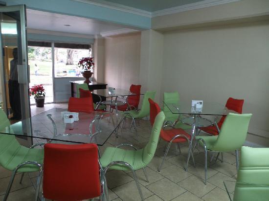 Hotel Eskalima: Comedor