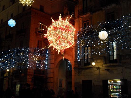 Salerno, Italien: luci d'artista