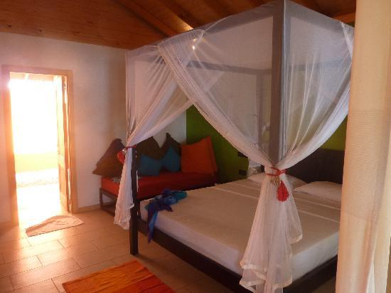 Vilamendhoo Island Resort & Spa : villa