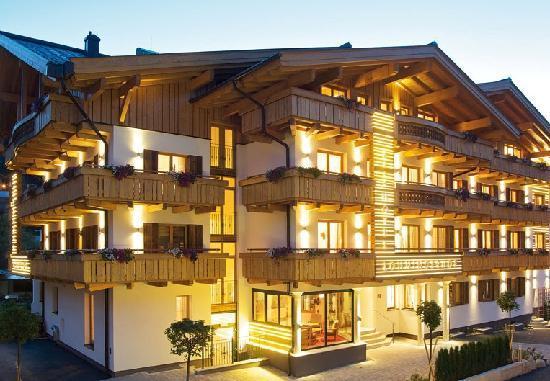 Hotel Lohningerhof Maria Alm Winter