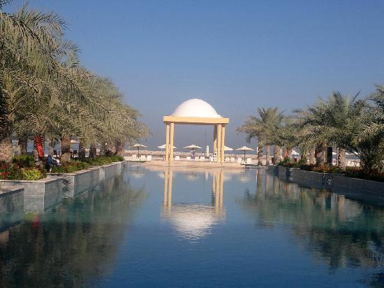 Hilton Ras Al Khaimah Resort & Spa : Just part of the salt water pool