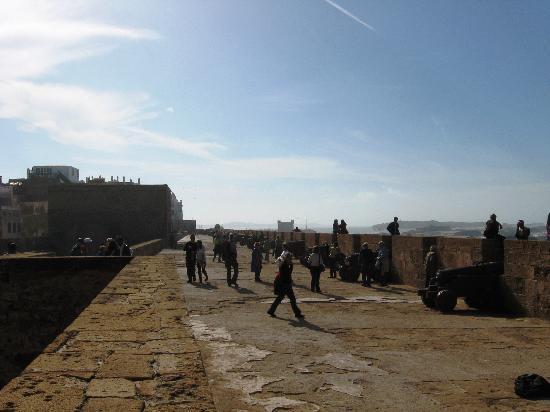 the ramparts of essaouira - photo #30